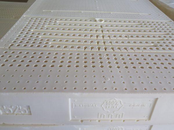 Naturlatex perforiert für die Elastizität und Belüftung